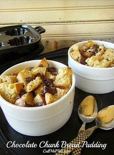 I have collected 15 Bread Pudding Recipes for you. I used to think bread pudding was difficult to make. Don't be intimidated by baking bread pudding. It's the easiest dessert in the world to make. A big bonus, bread pudding is also a great way to use leftover or day old bread. Actually, old, dried [...]