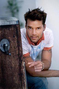 Your Daily Dose of Ricky Martin, POTD June 18, 2012