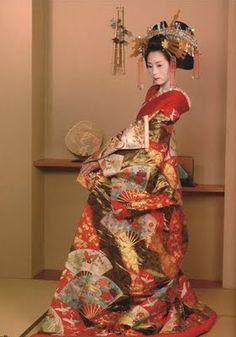 Japanese traditional wedding kimono. Japanese vintage and antique ...