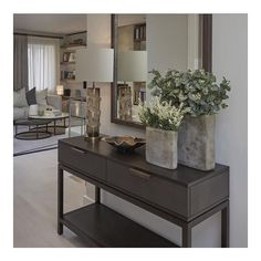 Most Beautifull Entrance Hall Design Ideas for Home - The Architecture Designs Most Beautifull Entrance Hall Design Ideas for Home - The Architecture Designs The decoration of the house is much like . Entrance Table Decor, House Entrance, Entryway Decor, Entrance Halls, Hall Decorations, Entrance Ideas, Flur Design, Hall Design, Hallway Decorating