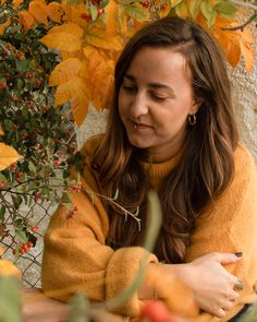 Yellow autumn portrait, Barcelona, Spain Seasons Of The Year, Pumpkin Spice Latte, Barcelona Spain, Dreadlocks, Autumn, Mood, Portrait, Yellow, Hair Styles