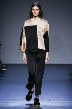 Zero + Maria Cornejo Fall 2016 Ready-to-Wear Collection Photos - Vogue