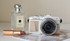 THE ULTIMATE BLOGGER'S CAMERA? OLYMPUS PEN E-PL7 LITE | London Beauty Queen