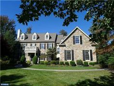 Real estate related information in and around Philadelphia, Pennsylvania. Surrounding counties and areas: Montgomery County, PA - Bucks County, PA - Lansdale, PA - North Wales, PA - Blue Bell, PA - Doylestown, PA. Visit http://www.louiseknoll.com for more details