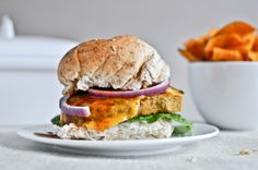 BBQ Cheddar Chickpea Burgers--have to find the Thai Veggie Burgers recipe of which this was based. Always looking for delicious veg recipes for summer. Now I just need a good whole wheat bun recipe, too! Burger Recipes, Vegetarian Recipes, Veg Recipes, Chickpea Burger, Veggie Burgers, Veggie Bbq, Bbq Burger, Veggie Meals, Tapas