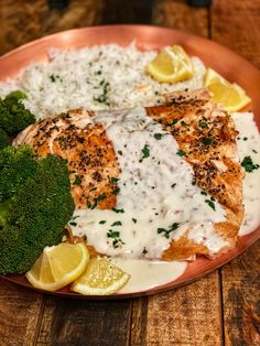 There are so many ways to enjoy salmon. This pan seared salmon with a spicy coconut cream sauce brings all the flavors to create a beautiful dish. Pan Seared Trout Recipe, Salmon Recipe Pan, Sauce For Salmon, Salmon And Rice, Pan Seared Salmon, Salmon Cream Sauce, Trout Recipes, Baked Salmon Recipes, Sauce Recipes