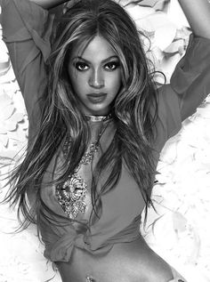 Beyoncé by Ruven Afanador for Rolling Stone 2004 Blue Ivy Carter, Beyonce Knowles Carter, Beyonce Style, Mrs Carter, Tough Girl, Queen B, Celebs, Celebrities, Woman Crush