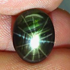 7.20 Thailand Black Star Sapphire - 12 Rays - Gorgeous Hocus Pokus, Rock Tumbling, Star Sapphire, Poker Online, Mineral Stone, Black Star, Stone Carving, Skull Art, Opal Gemstone