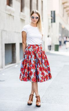 Tip of the Day: A Summery Way To Wear Your Basic Tee via @WhoWhatWear