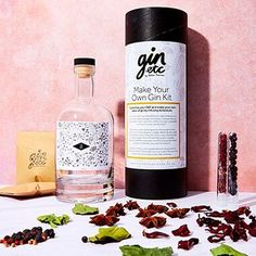 This awesome Make Your Own Gin Kit will make their day unique! Make Your Own Gin, Use Of Capital Letters, Gin Gifts, Beverage Packaging, Bottle Labels, Glass Bottles, Whiskey Bottle, Vodka, Best Gifts