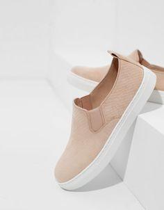 BSK high top embossed slip-ons - Shoes - Bershka Belgium