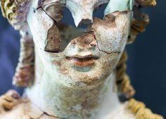 Anonymous Greek artist - Kore bust, detail. 5th century BC. photo?