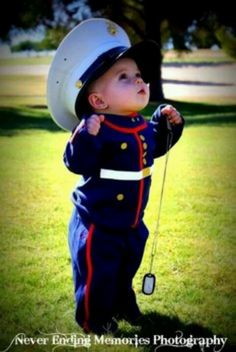 I don't want my baby to be a marine but I have to admit this is kinda cute.