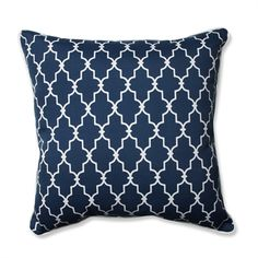 Classic shades of white and navy set off this refined pattern with nautical styling, suitable for the most elegant of yards or even a beach house. This charming pattern will flatter your decor with its subtle style and understated design.
