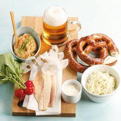 bayerische Brotzeit - fehlt nur noch die weißwurst