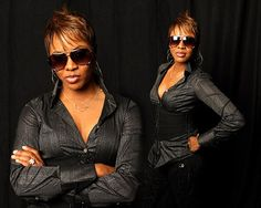 I wanted to be her so bad growing up! Hip Hop And R&b, Love N Hip Hop, Mc Lyte, Rapper Delight, Old School Music, Black Celebrities, American Rappers, Music Icon, Blue Jay