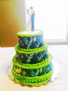 Camo Wedding cake By mtaylor on CakeCentral.com
