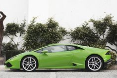 The Lamborghini Huracan is Selling Like Hotcakes - Yahoo Autos