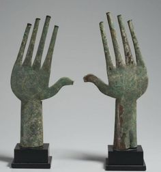 Villanovan Bronze Votive Hands, c. Century BCE Villanovan culture was an Early Iron Age culture in Italy, named after the village of Villanova, near Bologna, where in 1853 the first of the. Ancient History, Art History, Art Rupestre, Art Ancien, Art Premier, Art Sculpture, Iron Age, Hand Art, Ancient Artifacts
