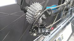 Campagnolo Chorus 11-28 Casette and Campagnolo Athena 11 speed rear derrailleur in the resting position