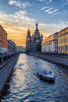 Saint Petersburg, Russia (by Stas Kahn)