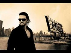 Ricardo Arjona. Duele Verte, me encanta esta canción !!!!!