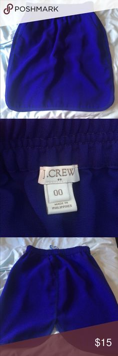 Jcrew purple/blue skirt Curved hem, fun skirt with pockets. Super lightweight J. Crew Skirts Pencil