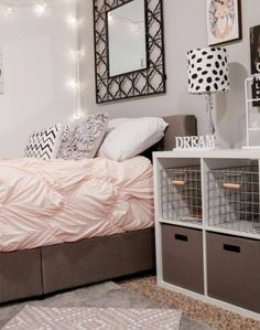 Small Bedroom Design for Teenage Girl. Small Bedroom Design for Teenage Girl. 10 Brilliant Storage Tricks for A Small Bedroom Teenage Girl Bedroom Designs, Teen Girl Bedrooms, Girls Bedroom Ideas Teenagers, Bedroom Ideas For Small Rooms For Teens For Girls, Bedroom Ideas For Small Rooms For Girls, Room Decor Teenage Girl, Small Bedroom Hacks, Small Teen Room, Teen Girl Bedding