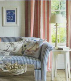 divano e tendaggio coordinato, tessuti JANE CHURCHILL