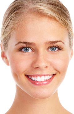 لأسنان بيضاء:  استخدمي السواك.  نظّفي أسنانك بمعجون أسنان جيد وبتركيبة مبيّضة صباحاً ومساءً يومياً.  أكثري من تناول عصير الفريز فهو يساعد على تبييض الأسنان.   #مركز_بياض_الاسنان