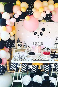 Angela L's Birthday / Panda - Photo Gallery at Catch My Party Panda Themed Party, Panda Birthday Party, Girls Birthday Party Themes, Panda Party, Animal Birthday, Birthday Party Decorations, Girl Birthday, Birthday Parties, Balloon Decorations