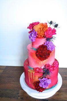 Beautiful Hand Painted Wedding Cakes - Polka Dot Bride #weddingcakes