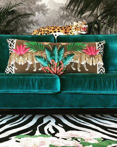 Today I will be drawing Zebras.🦓😊 And here we have Zebra Florals, yes another hand tufted development from my Hand Knotted Zebra Leopard… Carpet Trends, Carpet Ideas, Interior Decorating, Interior Design, Design Design, Design Trends, Carpet Styles, Carpet Colors, Zebras