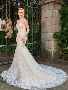 Superior Strapless Appliques Mermaid Wedding Dress