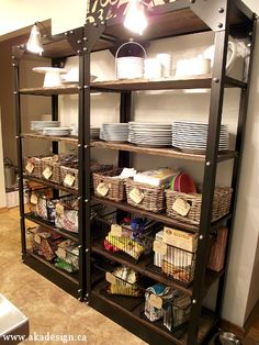 DIY - Industrial kitchen shelves! - baskets for organization (beautiful and useful!)