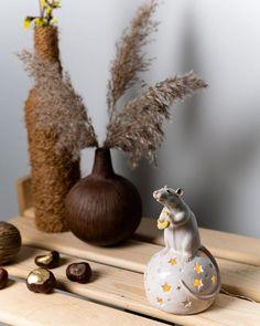 """Alexandra Vergunova su Instagram: """"Звёздная крошка сейчас находится в пути к своему новому дому. Надеюсь, даже то, что ей предстоит преодолеть океан, не помешает добраться в…"""" Ceramic Light, Incense, Ceramics, Home, Ceramica, Pottery, Ad Home, Ceramic Art, Homes"""