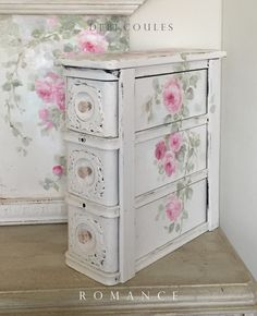 Shabby Chic Romantic Vintage Pink Roses Sewing Drawer Chest by Debi Coules Romantic Shabby Chic, Shabby Chic Pink, Vintage Shabby Chic, Shabby Chic Homes, Shabby Chic Style, Shabby Chic Decor, Vintage Decor, Vintage Sewing, Vintage Pink