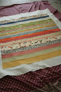Ridiculously easy baby quilt! Ridiculously easy sounds perfect! :)