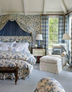 Another gorgeous bedroom with a Country French flair. The shirring behind the bed really draws your eye. I love subtly patterned carpet like this too. So much more interesting & practical than solid. Toile is most effective when used en masse like this.