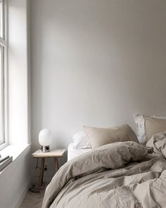 35 Nordic Bedroom Ideas for that Warm and Clean Design Nordic Bedroom, Home Decor Bedroom, Bedroom Ideas, Bedroom Signs, Diy Bedroom, Master Bedrooms, Bedroom Inspiration, Bedroom Apartment, Girls Bedroom