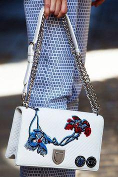 f3dcbc3d303 Women's Handbags & Bags : Les meilleures marques de luxe à Luxury & Vintage  Madrid