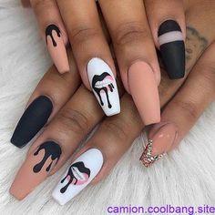 nails natural look acrylic - nails natural look + nails natural look gel + nails natural look acrylic + nails natural look short + nails natural look manicures + nails natural look with glitter + nails natural look almond + nails natural look simple Stylish Nails, Edgy Nails, Trendy Nails, Swag Nails, Fancy Nails, Best Acrylic Nails, Acrylic Nail Designs, Black Acrylic Nails, Creative Nail Designs