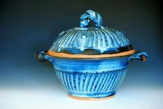 Large Serving Soup Tureen
