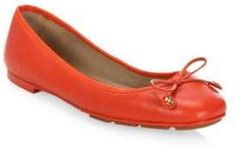 Tory Burch Laila Leather Ballet Flats Shoe Deals, Leather Ballet Flats, Mary Janes, Tory Burch, Womens Fashion, Shoes, Smooth Leather, Fashion Ideas, Travel Tips