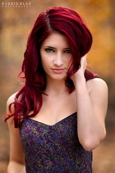 Wish my red hair looked this good. I guess that I should just be grateful to have hair back on my head again this spring...Very grateful, even though I always liked my hair much longer...!