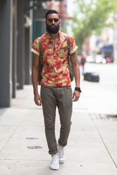 Botton t-shirt with flowers