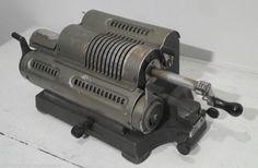 Machine à calculer ancienne ANTARES P7 ANTIQUE FRENCH CALCULATOR mécanique in Art, antiquités, Objets du XXème, récents | eBay