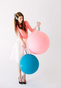 Гигантские елочные шары (Diy) / Фото (идеи съемок) / ВТОРАЯ УЛИЦА