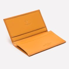 Ettinger Bridle Hide Visiting Card Case - London Tan Make a lasting impression when you take out your business cards from this stylish visiting card case. The gussetted pocket allows you to hold a good number of cards and the extra slip pockets can be used to elegantly hold the business cards you receive. This versatile leather accessory can also be used as a mini wallet, useful when you only need a few cards and some notes; ideal for night out or on holiday!
