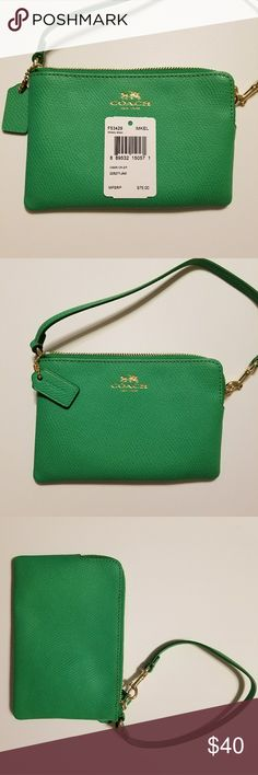 COACH Kelly green wristlet Coach Kelly green wristlet. Net. Never used Coach Bags Clutches & Wristlets